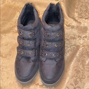 Grey Hi top Sneakers